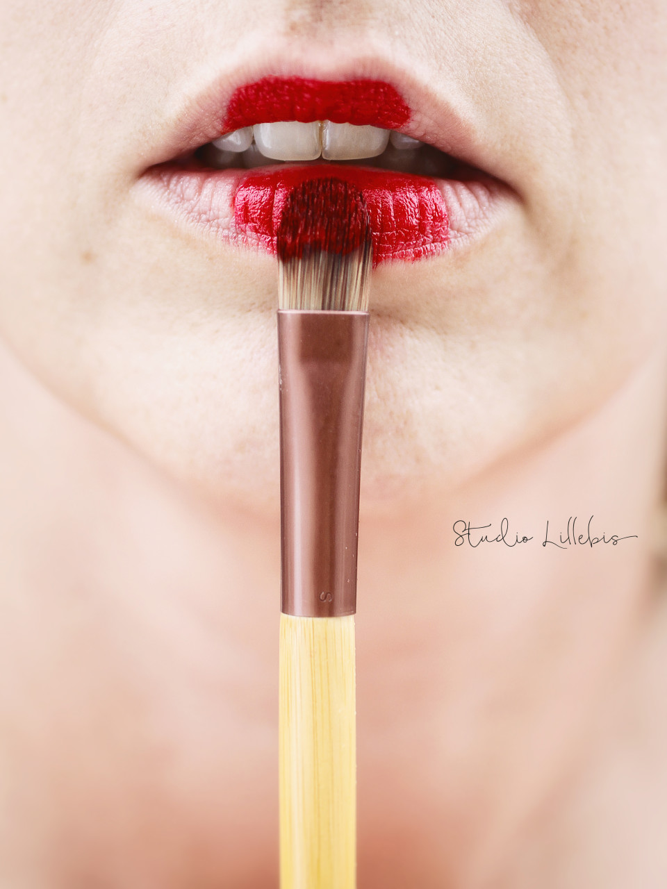 Lips-logo